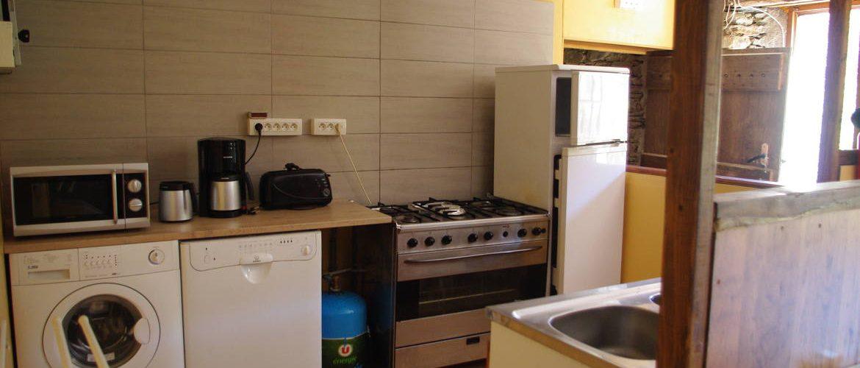 cuisine du gîte de la magnanerie, cuisinière de collectivité, lave-linge, lave vaisselle